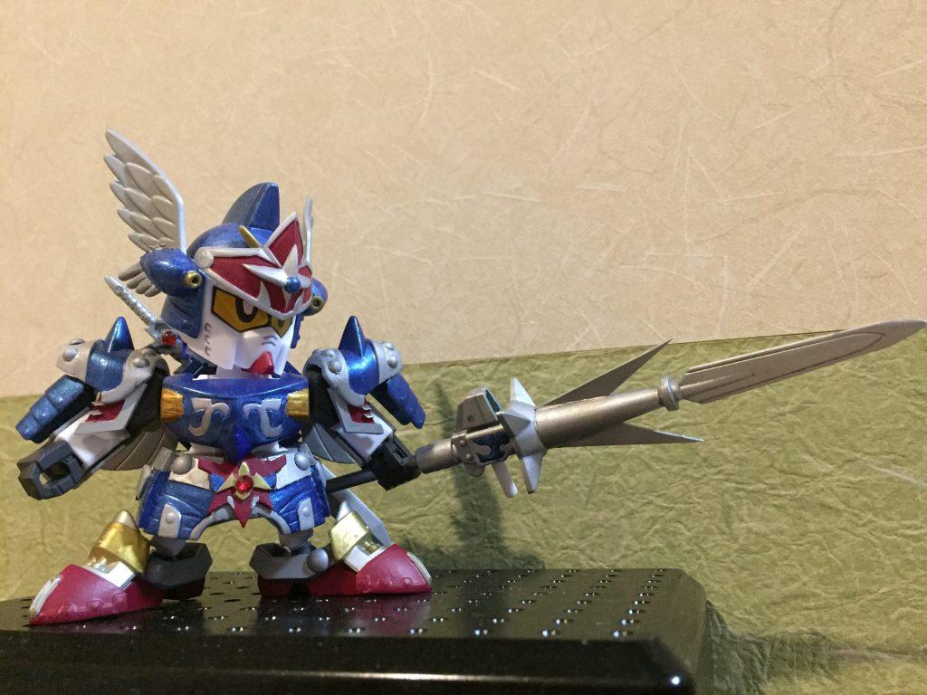 クラウンジャベリンは、皇騎士の銀の剣とスピアパーツをミキシング。 柄は真駆参の三又槍より拝借。