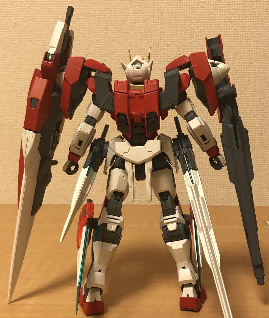 お決まりの正面&背面から 重武装はたまりませんなぁ〜( ^∀^) 使用した色はダブルオーライザーと同じですw