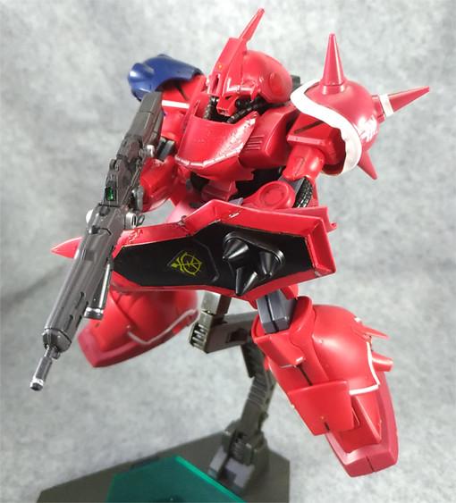 盾はザクヲのものを、ライフルはU.C.ARMS GALLERYのものです。