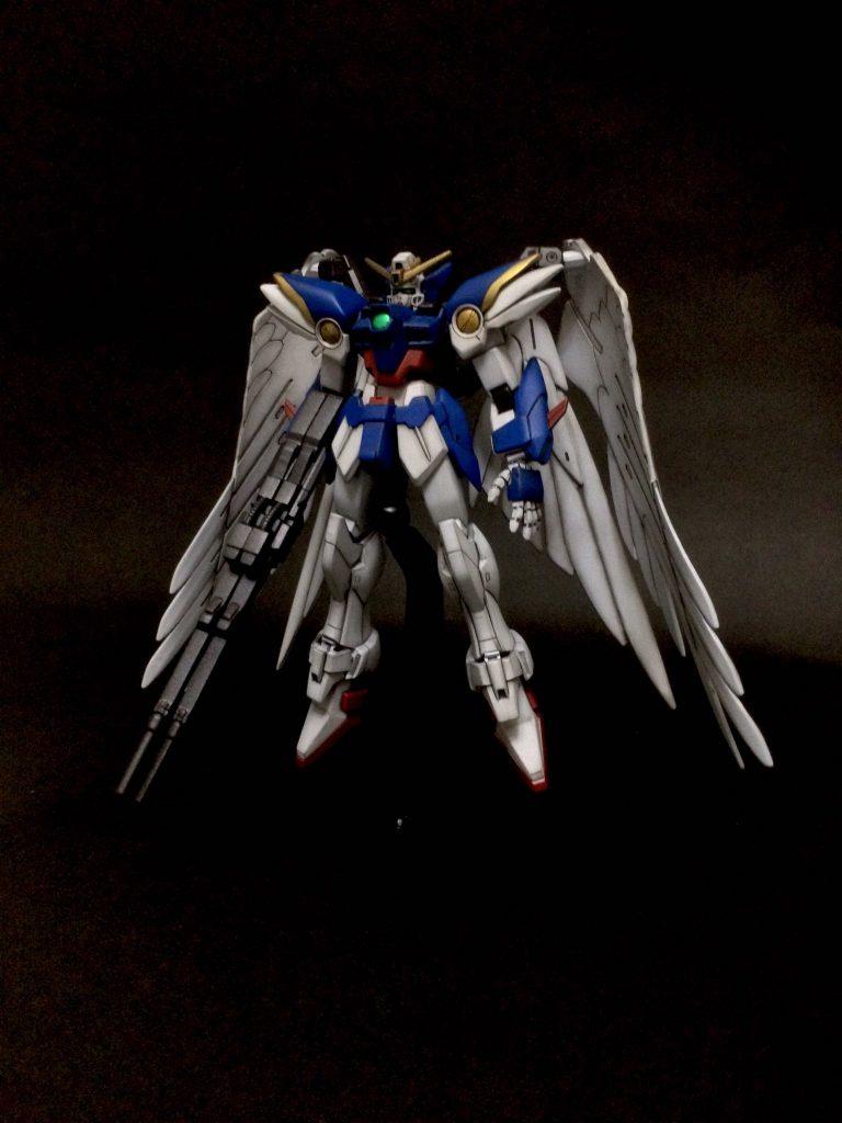 1/144 Wing Gundam ZEROCUSTOM