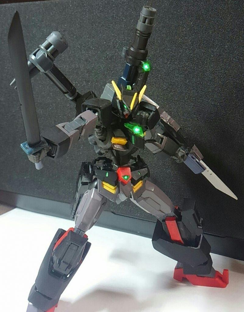黒く猛き狂戦士 ガンダムベルセルク