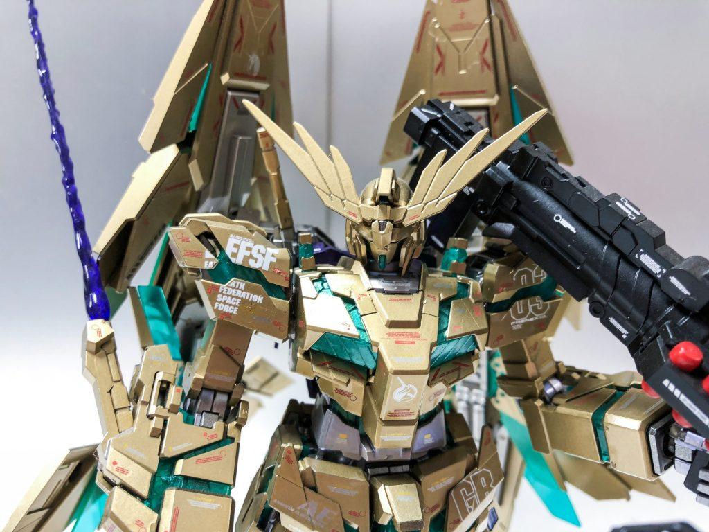 MG ユニコーンガンダム3号機 フェネクス 覚醒版 アピールショット5