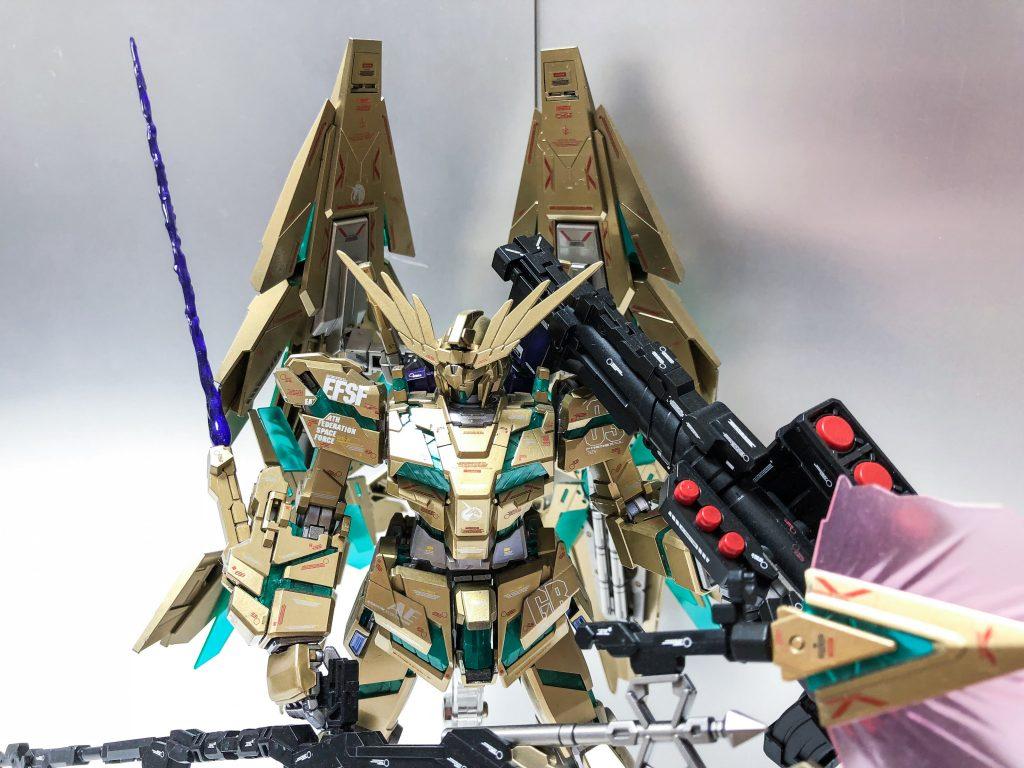 MG ユニコーンガンダム3号機 フェネクス 覚醒版 アピールショット4