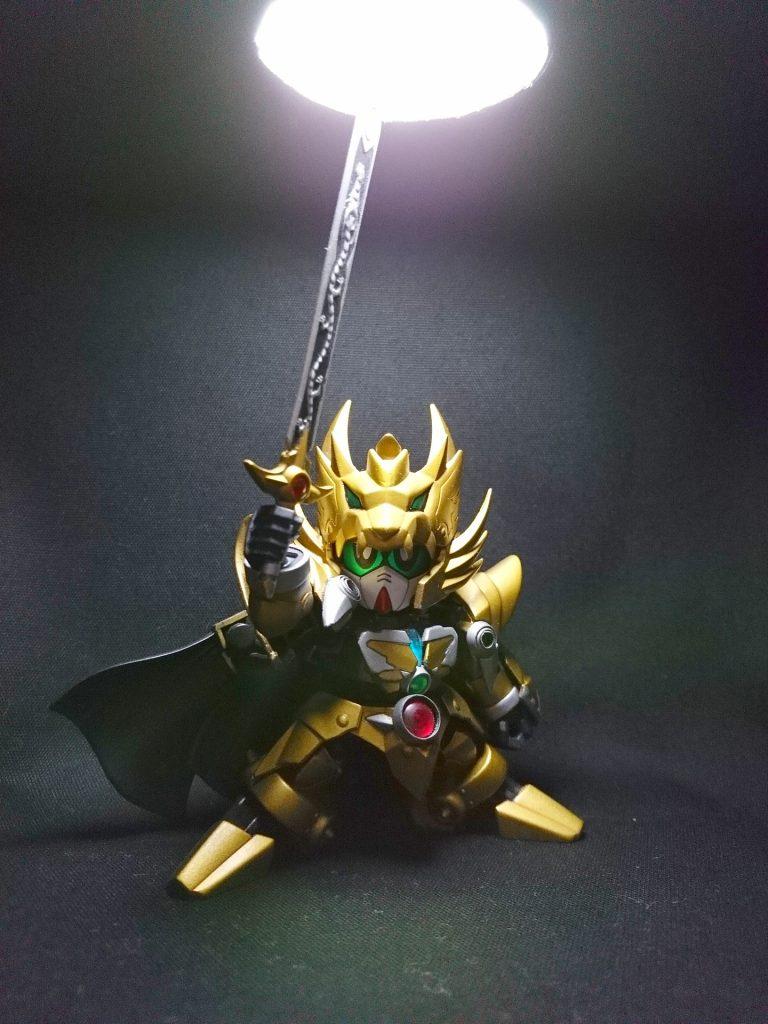 黄金の騎士 アピールショット1