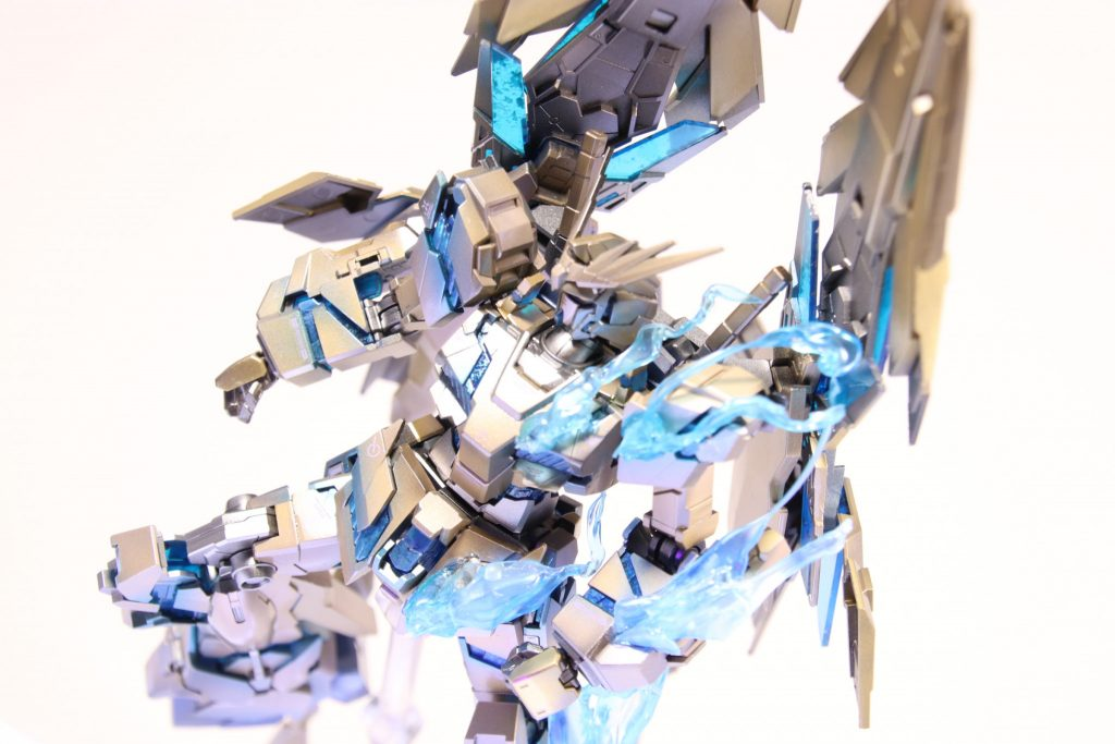 RX-0ユニコーン ガンダム3号機 フェネクス (NT) ナイトロフレア 制作工程4