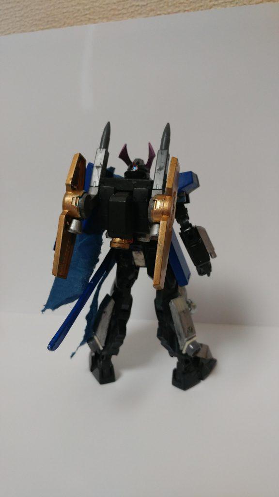 ガンダム武流武者(ブルーウォリアー) アピールショット1