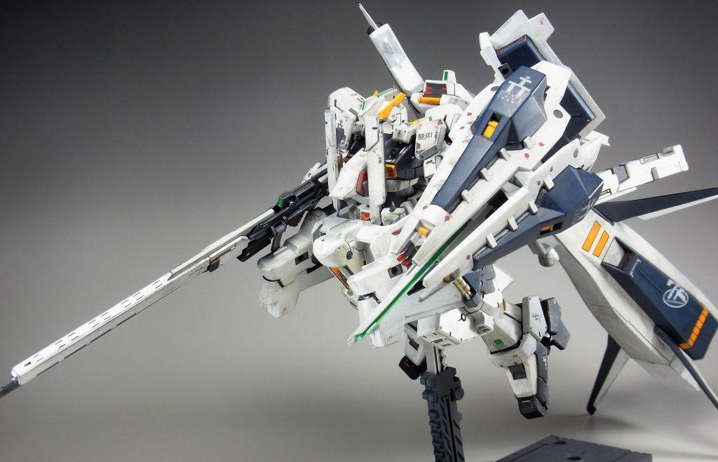 """RG ガンダムTR-1[ヘイズル・ラー]第二形態ブースター装備""""クルーザーモード"""" アピールショット1"""