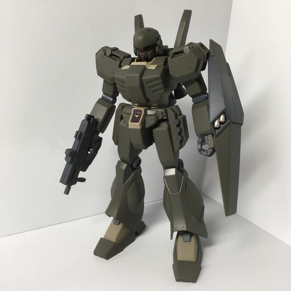 ジェガンD型(護衛隊仕様) アピールショット1