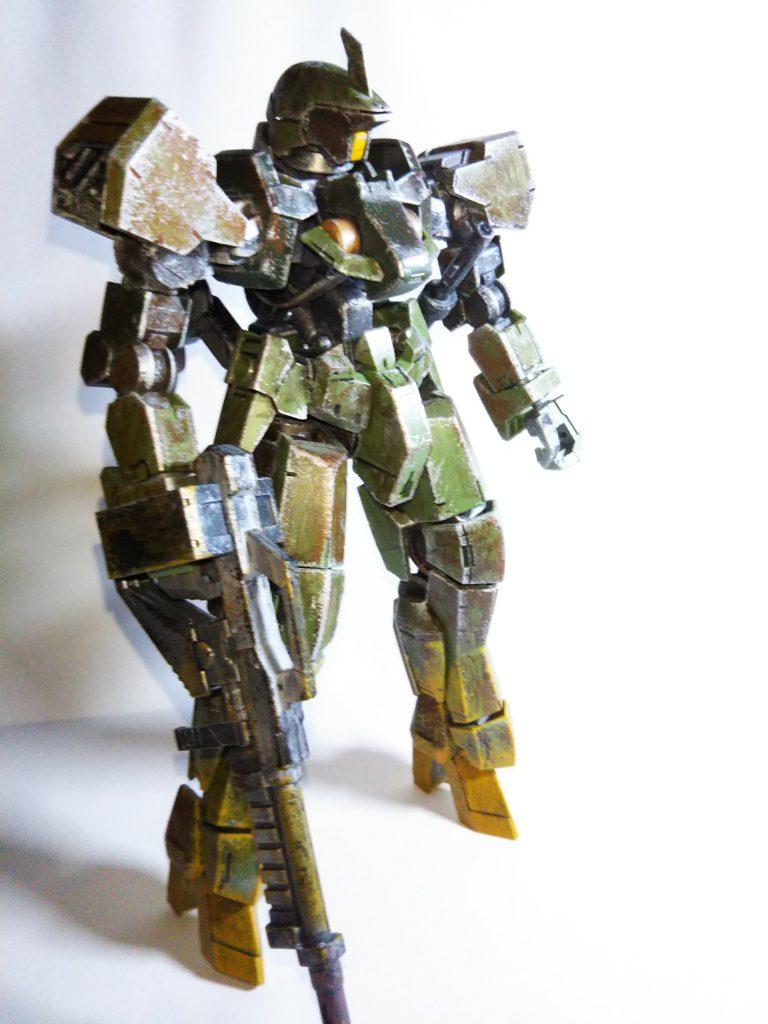 グレイズ1/100 森林戦用 アピールショット4
