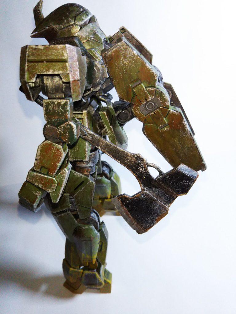 グレイズ1/100 森林戦用 アピールショット2