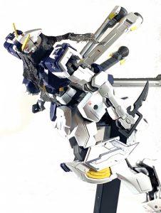 鉄血風クロスボーンガンダムX1