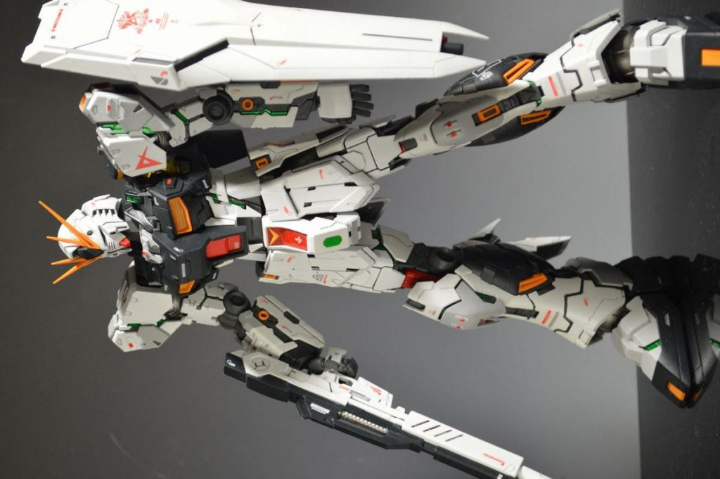 MG Νガンダム VER.KA改修 アルティメット・フェネクス (DFF追加) アピールショット6