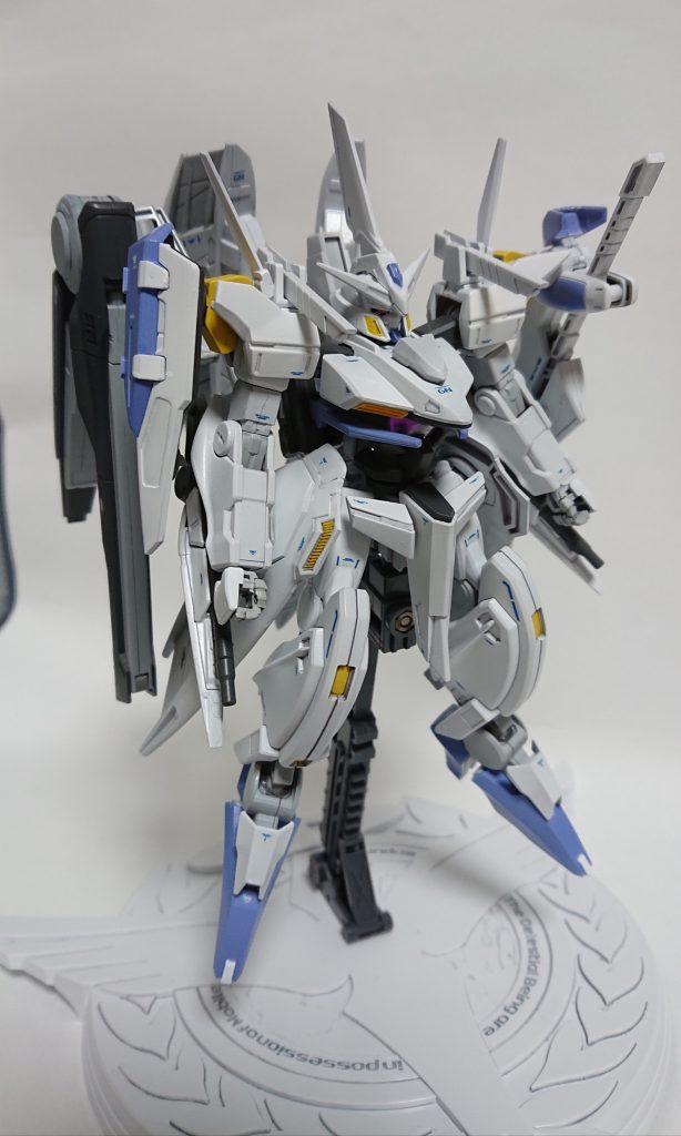 GNW-004 ガンダムスローネ4(フィーア) アピールショット2