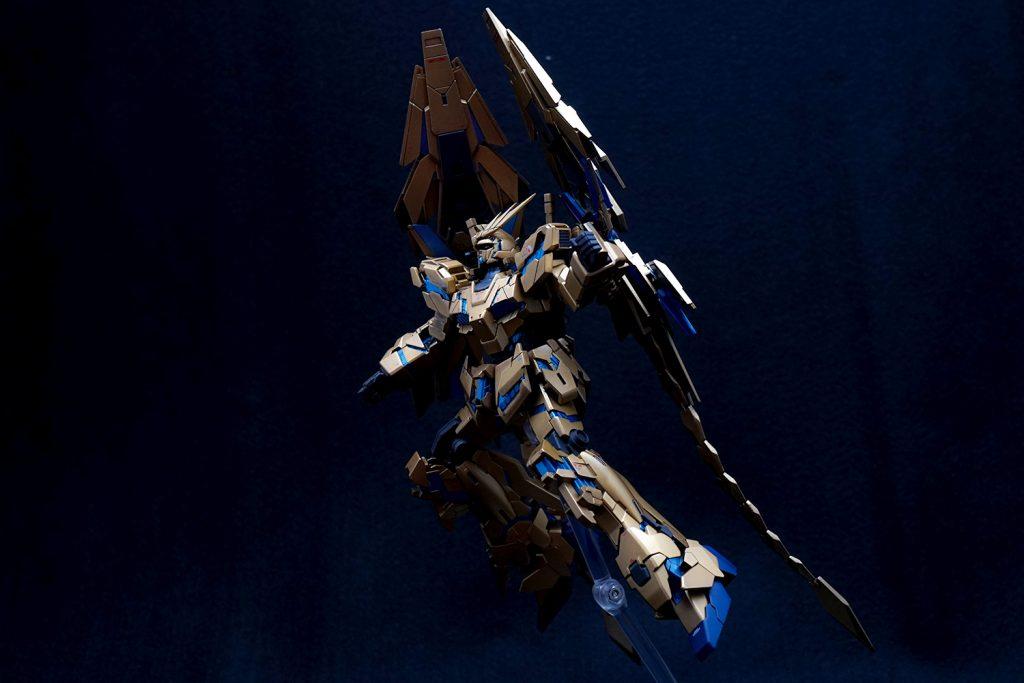 ユニコーンガンダム3号機 フェネクス (ナラティブVer.) アピールショット3