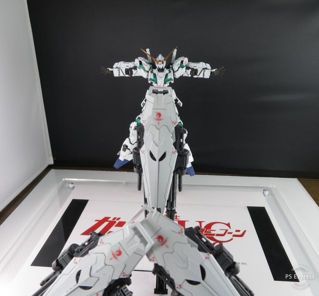 RG FULL ARMOR UNICORN GUNDAM アピールショット3
