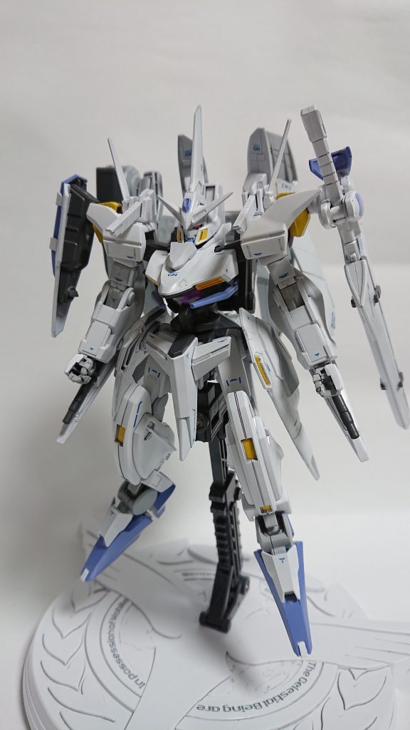 GNW-004 ガンダムスローネ4(フィーア) アピールショット1