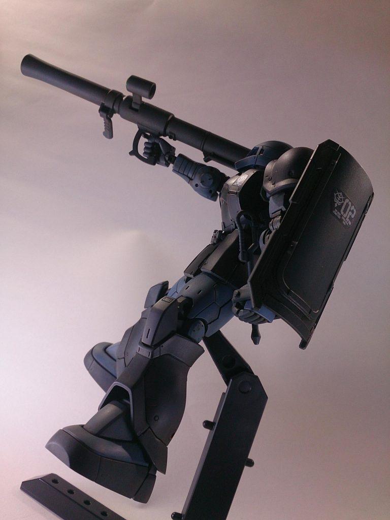 MS-06 ZAKU [黒い三連星] アピールショット2