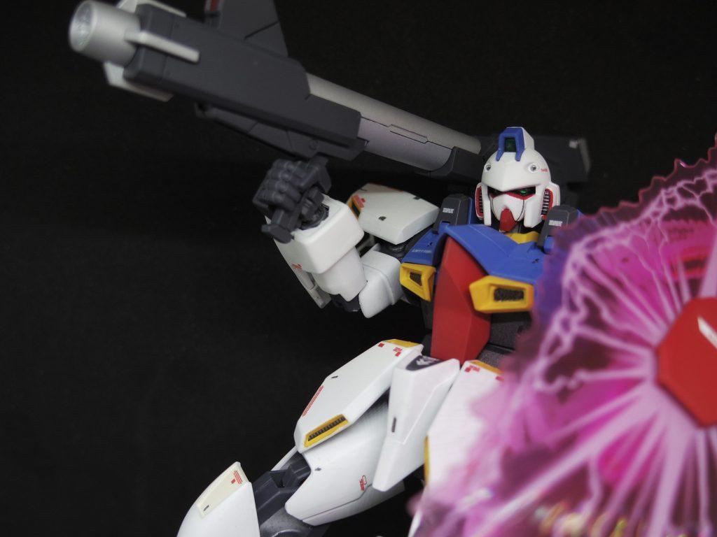RE/100 ガンイージ ロールアウトカラー アピールショット4