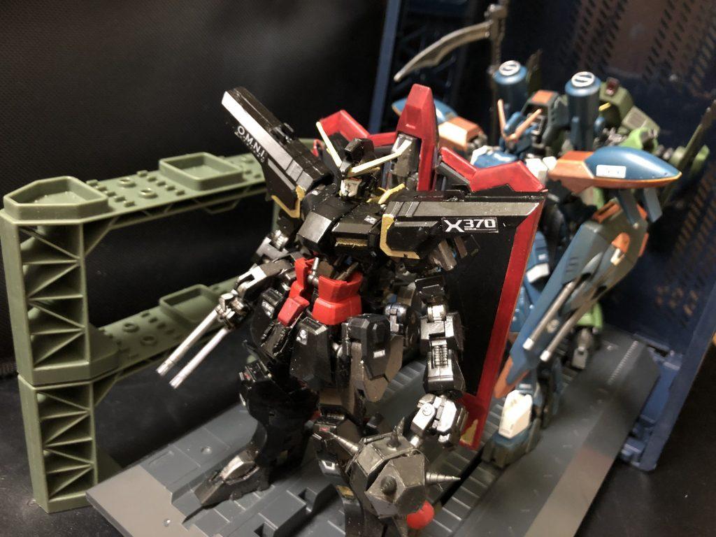レイダーガンダム   フェッロ−サングリエンタ フレーム アピールショット1