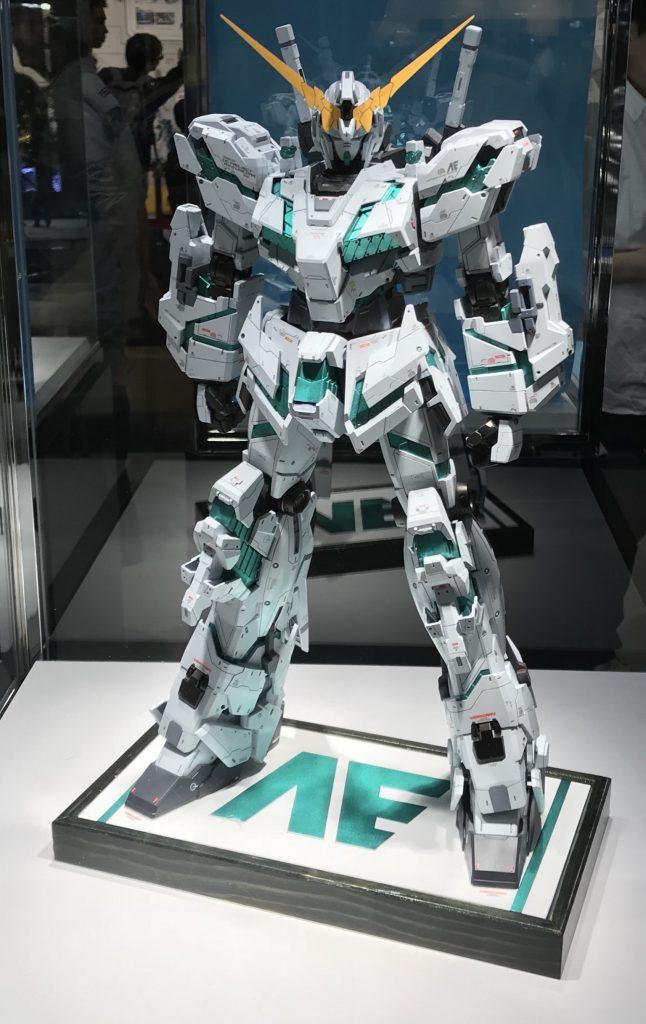 メガサイズ RX-0 UNICORN アピールショット2
