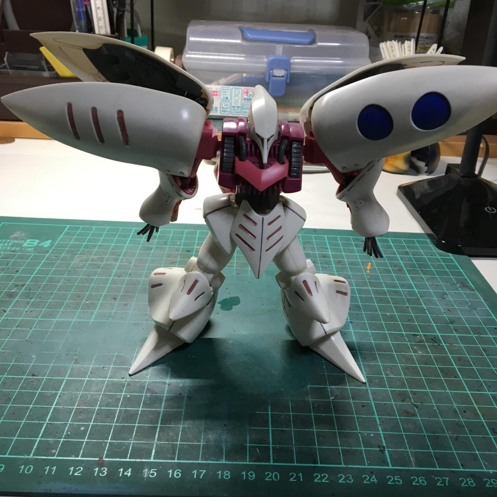 妖艶な白いモビルスーツ 制作工程1