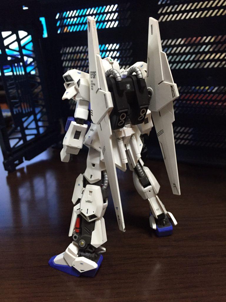 百式 2番機 アムロ仕様 アピールショット2