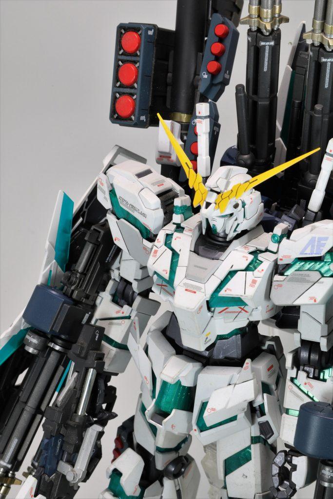 MG 覚醒版 フルアーマーユニコーンガンダム アピールショット3