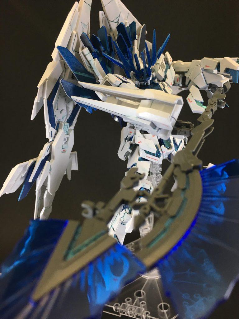 白き獅子(フルアーマーユニコーンガンダム2号機バンシィ・ペルフェクティビリティ) アピールショット3