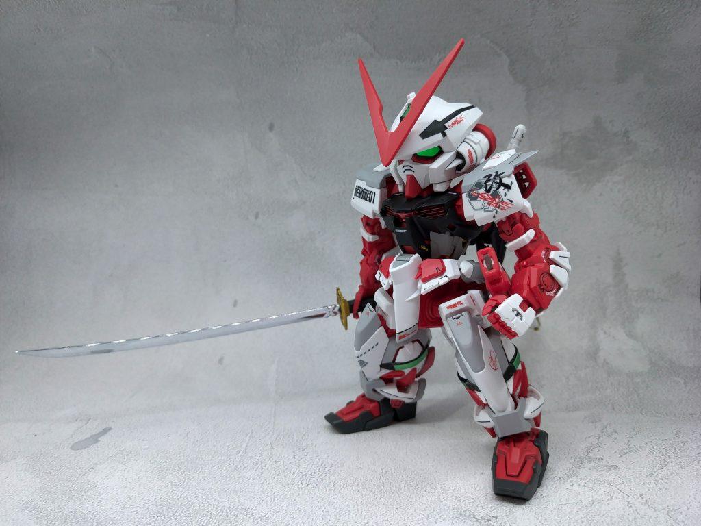 SD Gundam Astray Red Frame アピールショット1