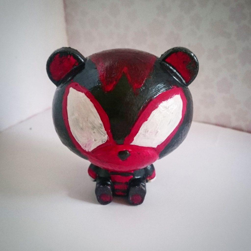 Custom pretty guy ガシャポン (red) アピールショット4