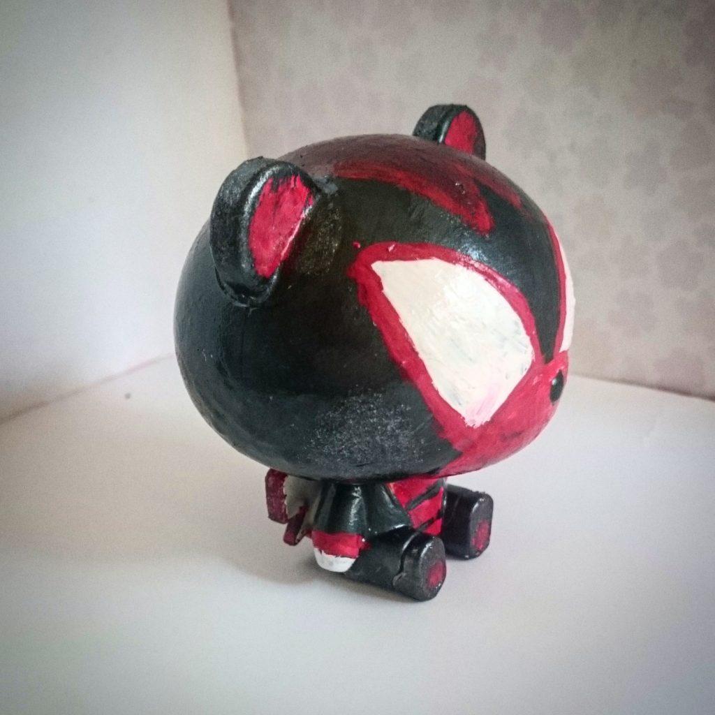 Custom pretty guy ガシャポン (red) アピールショット3