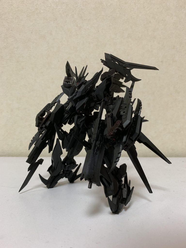 VN-666 ガンダムベスティア アピールショット1