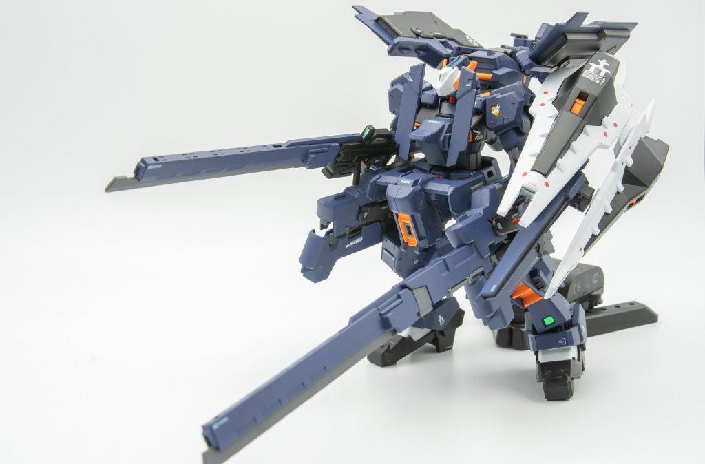 HGUC ガンダムTR-1[ヘイズル・ラー]第2形態 アピールショット1