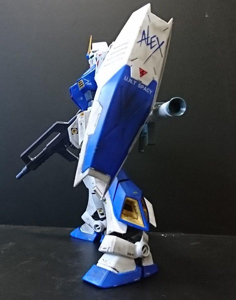 """MG ガンダムNT-1 """"アレックス""""ロールアウト, ウェザリング&チッピング処理 アピールショット2"""