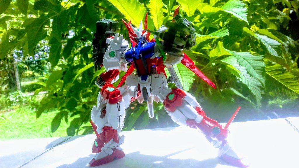 Astrike Gundam アピールショット3