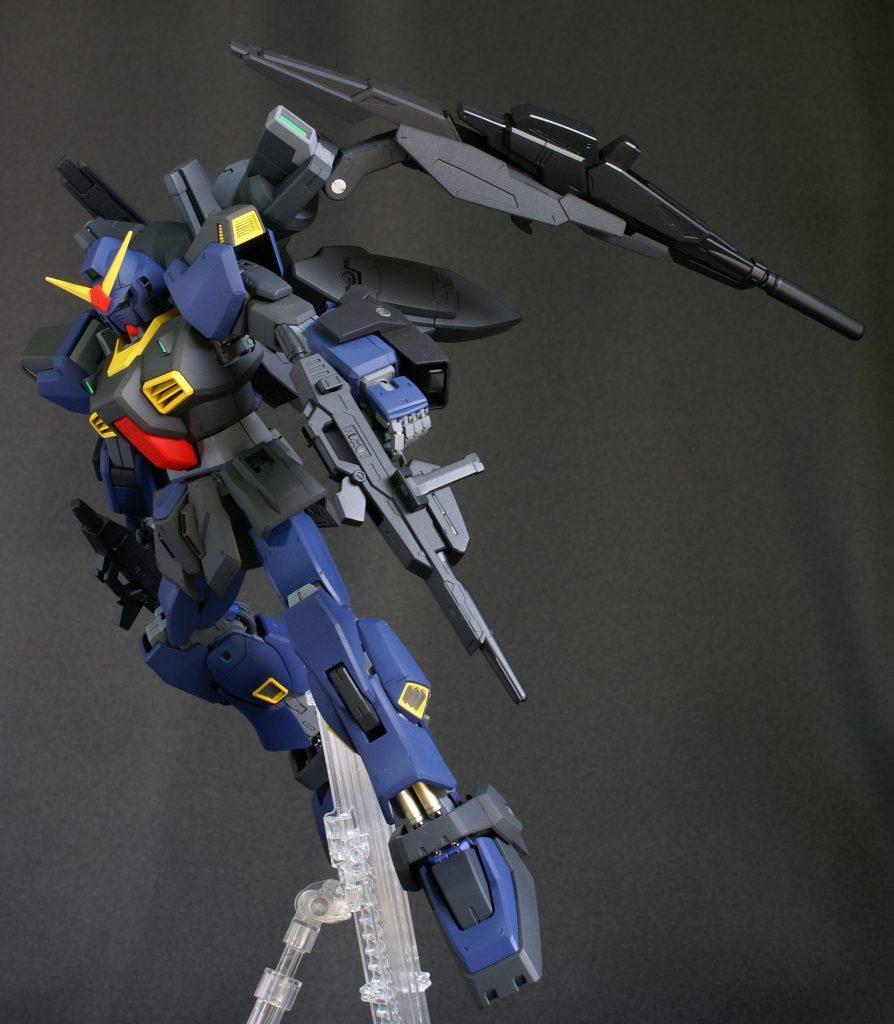 ビルドガンダム MKⅡ ティターンズ Ver.アヤメ with ダイバーアヤメティターンズメイドVer アピールショット1