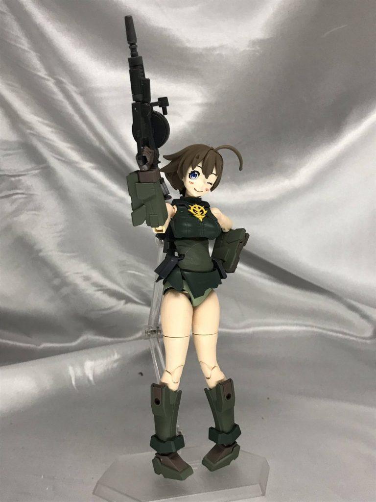 ナナミさんジオン衣装Ver アピールショット1