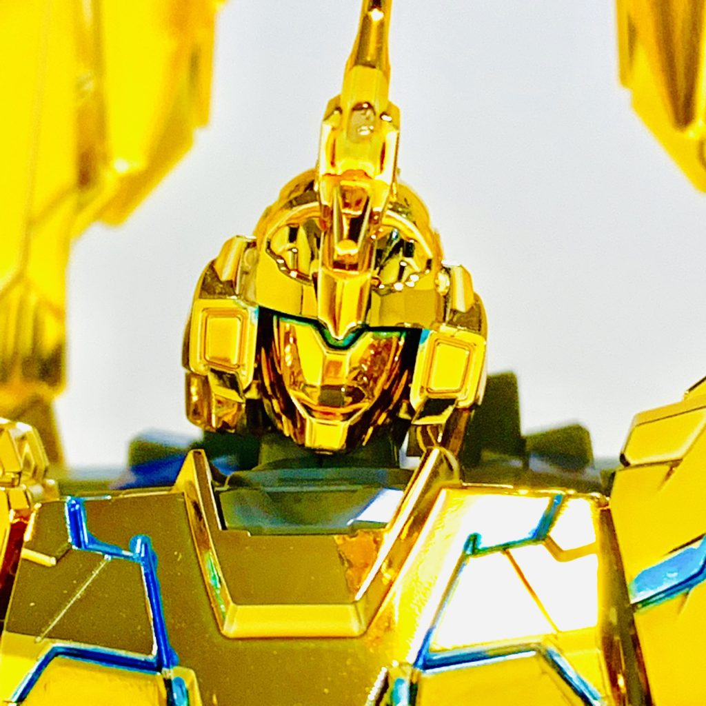 【彷徨えるリタ】ユニコーンガンダム3号機 フェネクス(ユニコーンモード) アピールショット3