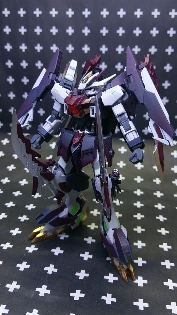ガンダムフレーム・ハルファス アピールショット1