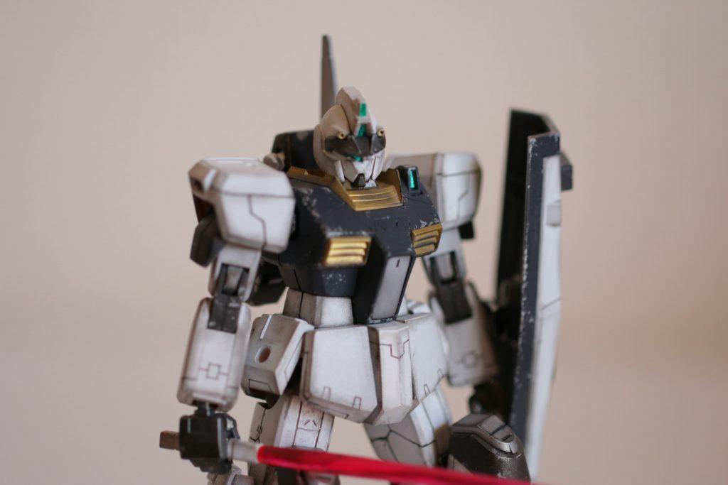 HG 1/144 ジムIII (マグノリア・マウンテン隊仕様) アピールショット3