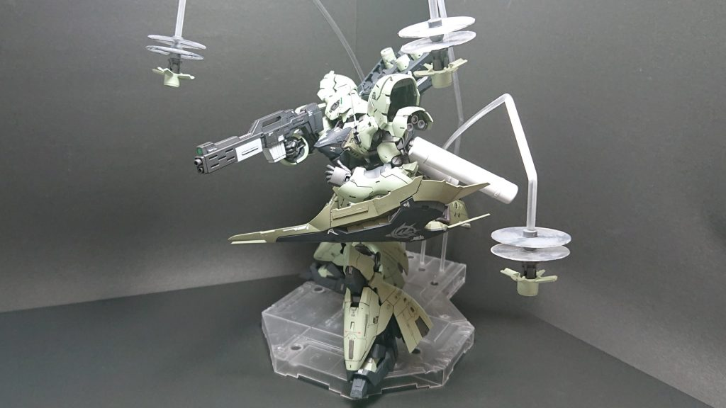 MSN-04B SAZABI S-02 【 ZEON Remnants ground-type】サザビー2号機 陸戦仕様 アピールショット1