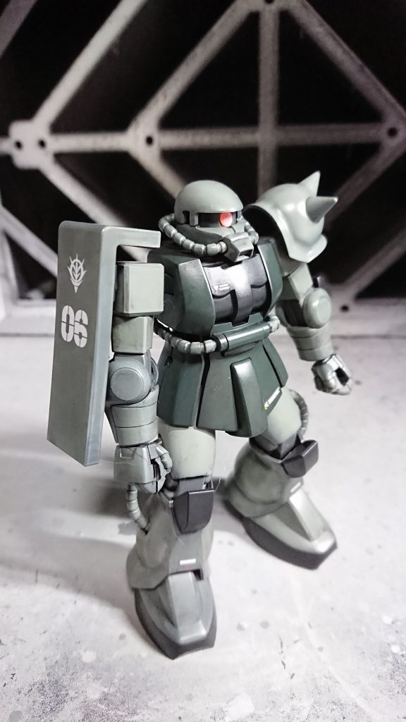 1/144 HG MS-06 量産型ザク 制作工程1