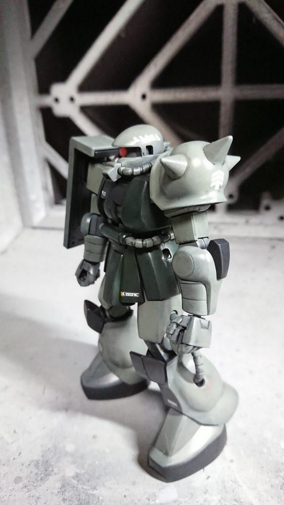 1/144 HG MS-06 量産型ザク 制作工程2