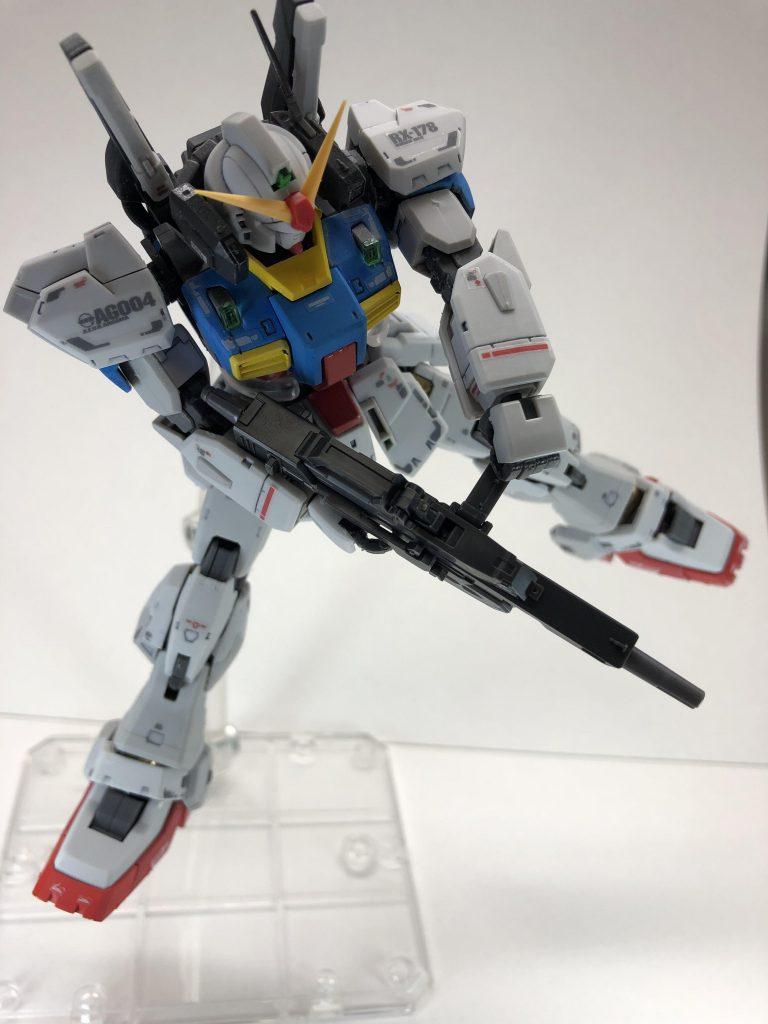 RG ガンダムMark-II アムロカラー アピールショット4