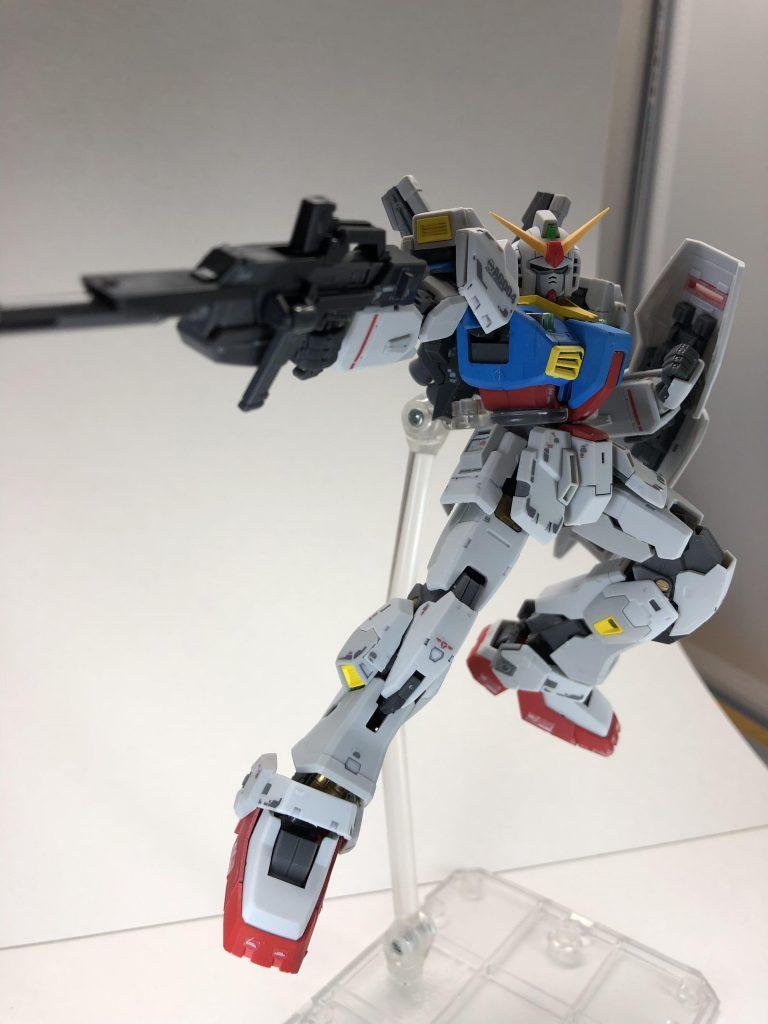 RG ガンダムMark-II アムロカラー アピールショット1