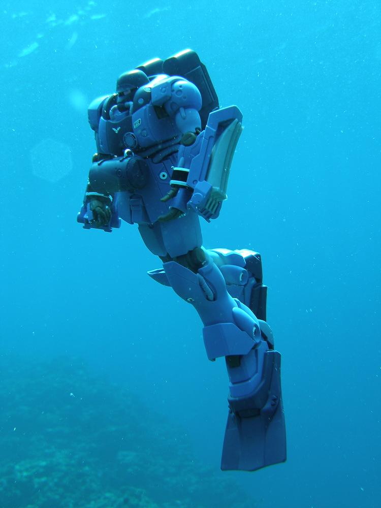 AMS-129M ゼー・ズール進水 アピールショット1