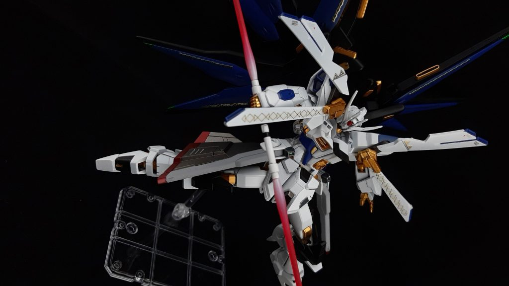 Saint  Freedom  Gundam 制作工程1