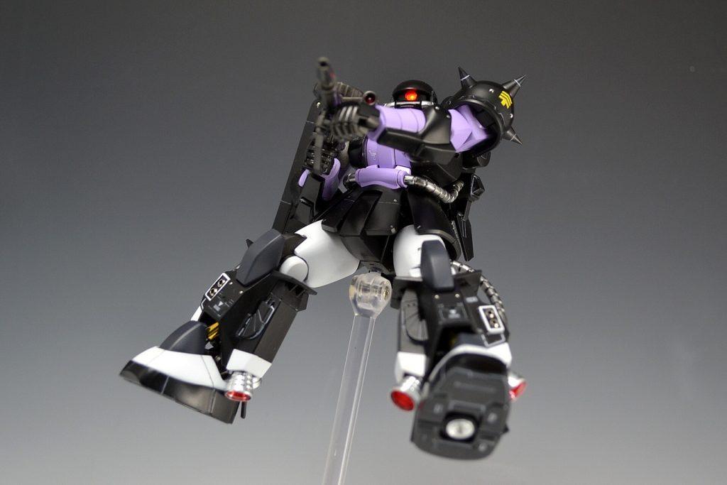 HGUC 黒い三連星ザクⅡ アピールショット6