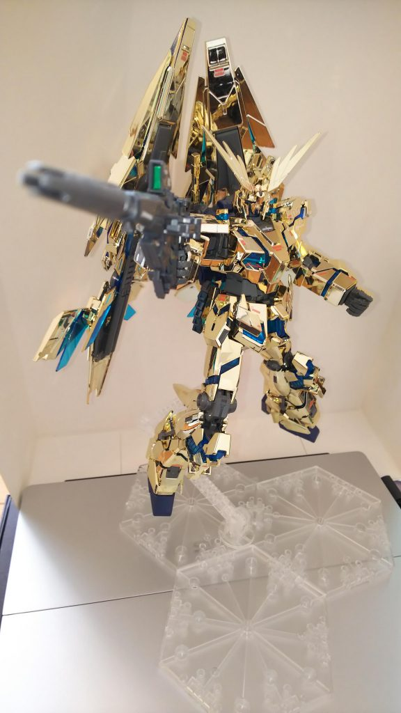 MGユニコーンガンダム3号機フェネクス