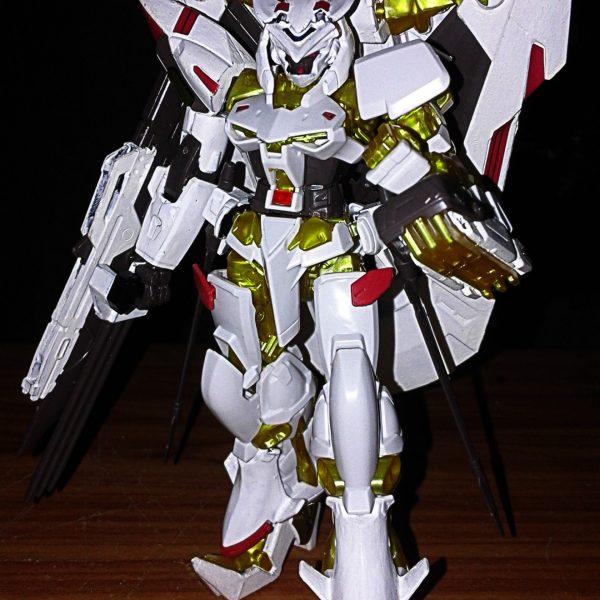 ガンダムアストレイ ゴールドフレーム天ハナ(Gundam Astray Gold Frame Amatsu Hana)